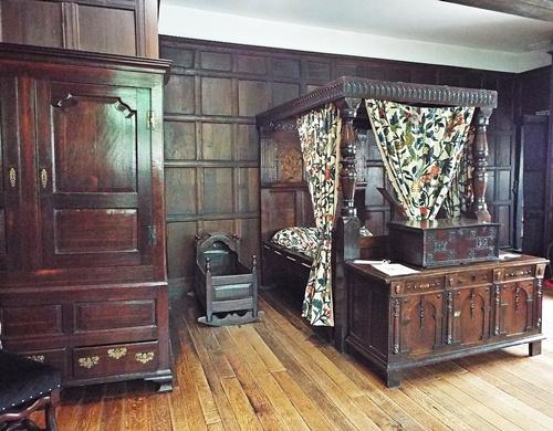 Copy of Inside Hall i' th' wood 008