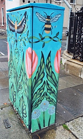Traffic light box, Merrion Square North