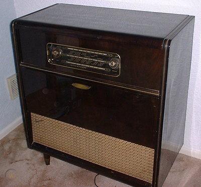 ferguson-model-387-rg-1950s-radiogram_360_18527e33aea3b00f9395a2f04b0e020f